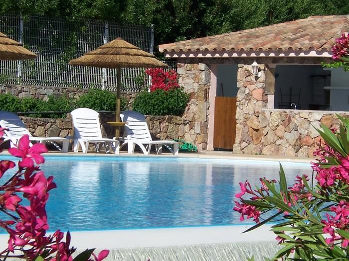 Location de mobil-home et piscine palombaggia